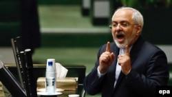 د ایران بهرنیو چارو وزیر جواد ظریف