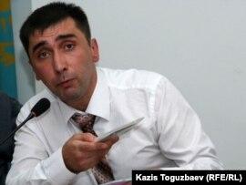 Құқыққорғаушы Вадим Курамшин. Алматы, 13 қыркүйек 2010 жыл