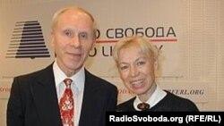 Людмила Белоусова и Олег Протопопов – гости Радио Свобода