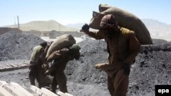 Pakistani mines have a poor safety record with official figures indicating that an average of 200 miners die in accidents each year. (file photo)