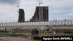 Medijsko kreiranje sjajne budućnosti: Beograd na vodi