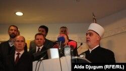 Reis-ul-Ulema Husein ef. Kavazović čita zajedničku izjavu bošnjačkih intelektualaca