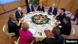 """Рабочий ужин участников саммита """"Большой семёрки"""". Брюссель, 4 июня 2014 года."""