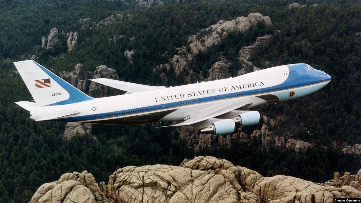 Самолеты мировых лидеров: на чем летают президенты демократических стран и диктаторы
