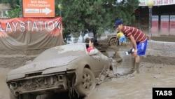 Казакстан -- Алматынын Ноорузбай району селден кийин. 23-июль, 2015.