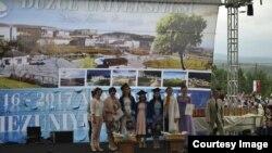 Выпускники отделения адыгейского языка и литературы университета Дюздже в Турции