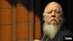 Russian Orthodox Archpriest Dmitry Smirnov (file photo)