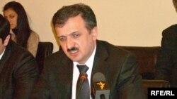 Dövlət Miqrasiya Xidmətinin miqrasiya siyasəti Şöbəsinin müdir müavini Vahid Qəhrəmanov