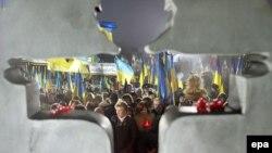 Акция памяти жертв Голодомора-геноцида 1932-33 годов. Киев, 25 ноября 2006 года