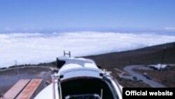 Строительство телескопа PS1 на Гавайях.