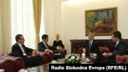 Hoyt Brian Yee la Skopje la o întîlnire cu președinele Ivanov Gorge