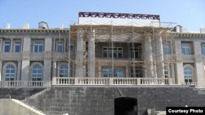 Meet The Poor Italian Architect Who Designed Putin S Palace
