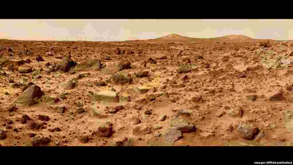 The ultimate goal: the surface of Mars