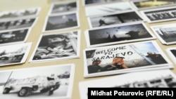 """Sa izložbe """"Fotoreporteri opkoljenog Sarajeva za Udruženje oboljelih od PTSP-a 'Život Sarajevo'"""", jun 2012."""