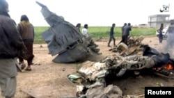 Pamje nga një foto e publikuar në Internet për të cilën thuhet se e paraqet rrëzimin e një aeorplani ushtarak të Irakut