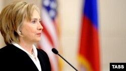 Hillar Klinton na konferenciji za novinare u Moskvi, 13. oktobar 2009.