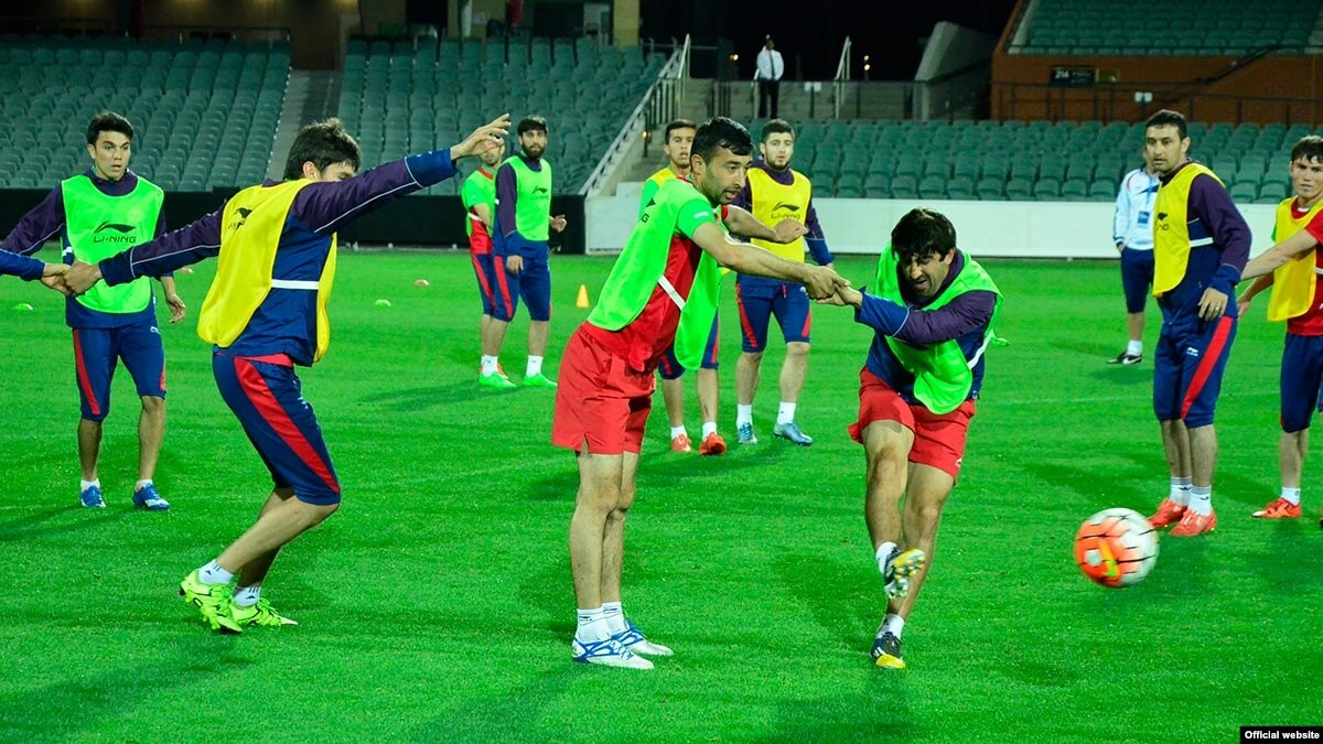 прогнозы на футбол австралия таджикистан