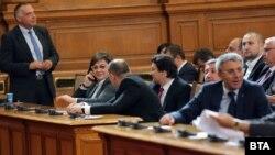 Депутатите от БСП ще разширяват обхвата на предложението на колегите им ДПС за намаляване на ДДС