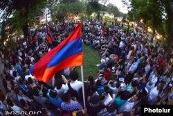 Yerevanda gediş haqqının artırılmasına etirazlar, 24 iyul 2013