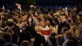 Президент сайлауының ресми қорытындысына наразылардың қарсылық акциясы. Минск, Беларусь, 10 тамыз 2020 жыл.