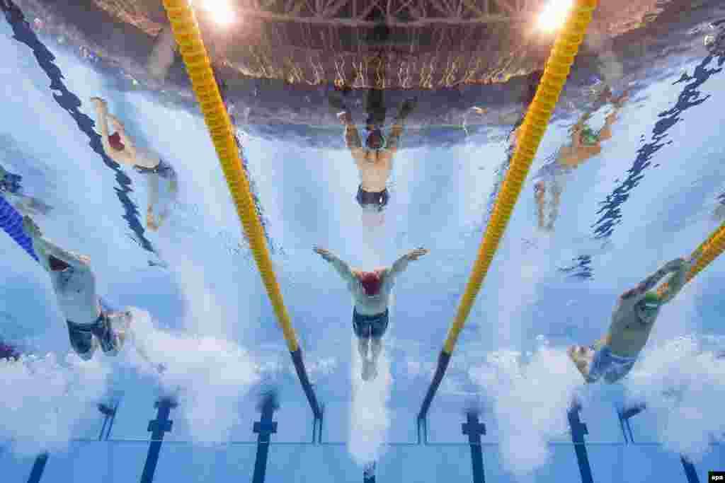 Британец Адам Пити установил новый мировой рекорд в плавании брассом на 100 метров