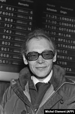 Soviet dissident Aleksandr Ginzburg