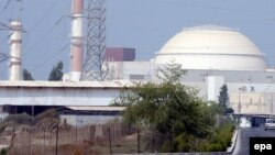 نمایی از نیروگاه قدیمی بوشهر