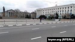 Resim. Aqmescitteki Lenin meydanı