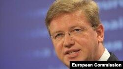 Eврокомесарот за проширување Штефан Филе.