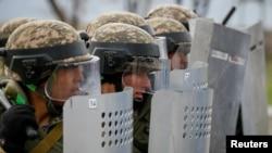 Казахстанские военнослужащие на учениях. Иллюстративное фото.