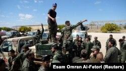 Войска Ливийской национальной армии генерала Халифы Хафтара.