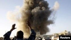 Воздушный удар близ города Рас-Лануф