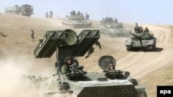 Перемещение «под камеру» военной колонны 58 ОА в Тбилиси назвали пропагандой
