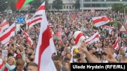 У Білорусі від 9 серпня тривають протести з вимогою відставки Олександра Лукашенка, який є президентом Білорусі понад 26 років
