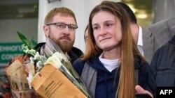 Россиянка Мария Бутина в московском аэропорту Шереметьево по возвращении на родину. 26 октября 2019 года.