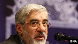میرحسین موسوی؛ نامزد دهمین انتخابات ریاستجمهوری و آخرین نخستوزیر ایران