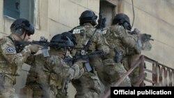 Azərbaycan xüsusi qüvvələri (Foto arxivdəndir)