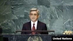 Ermənistan prezidenti hesab edir ki, qonşu ölkələrlə mübahisəli məsələlərin həlli dialoqsuz mümkün deyil