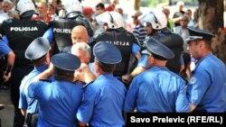 Radikalizacija kao jedini način: Protesti penzionisanih radnika KAP-a 30. avgusta u Podgorici