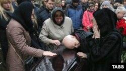 Во время похорон погибшего в авиакатастрофе самолета Airbus A321 в Египте