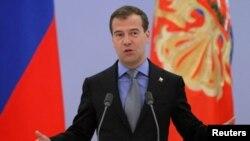 Орусия президенти парламенттик башкаруунун элдешкис сынчысы