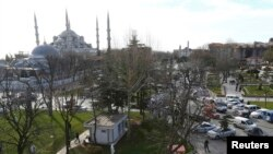Взрыв был устроен смертником на центральной площади Стамбула «Султан Ахмет».