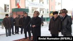 Президент Атамбаев Ошто, 16-февраль.