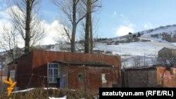 Տնակ Ջրաշեն գյուղում