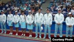 Олимпиадашыларға жаңа форма табысталды. Астана, 3 шілде 2012 жыл.
