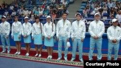 Презентация казахской олимпийской формы от дизайнера Куралай Нуркадиловой. Астана, 3 июля 2012 года.