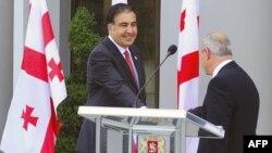 Михаил Саакашвили и Вано Мерабишвили. 2012 год.