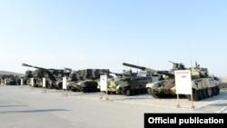 Ռուսական արտադրության տանկեր և հրետանային համակարգեր Ադրբեջանի բանակում, արխիվ
