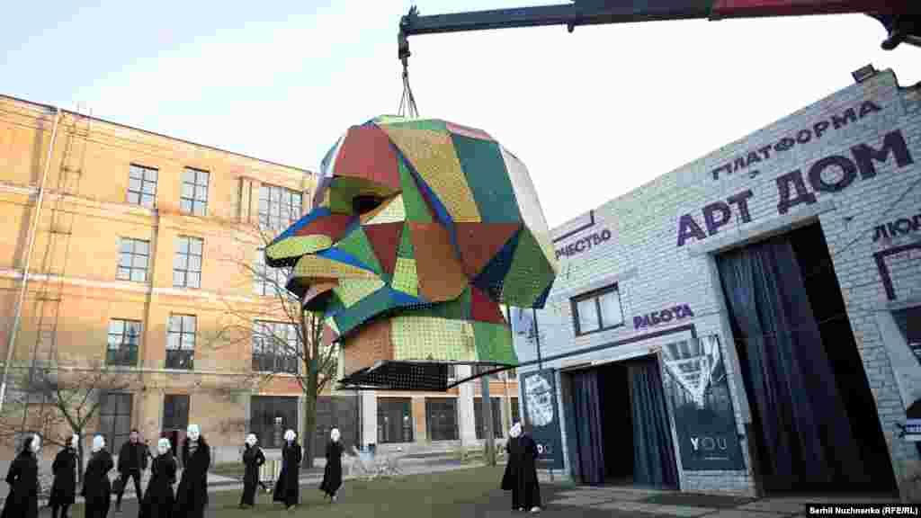 Нова домівка ГОГОЛЬFESTу – арт-завод «Платформа», де з 2 по 25 вересня і відбудется наступний фестиваль