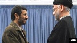 ایران با شیعیان عراق روابط بسیار نزدیکی دارد.